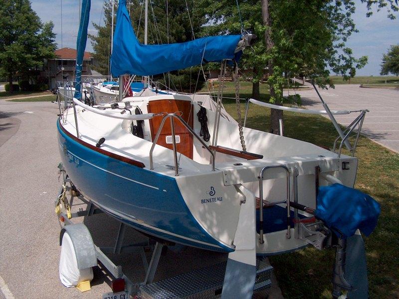 Beneteau First 210